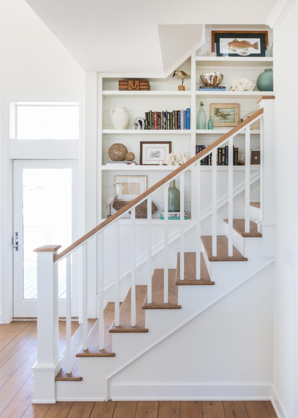 20 Staircase Decorating Ideas