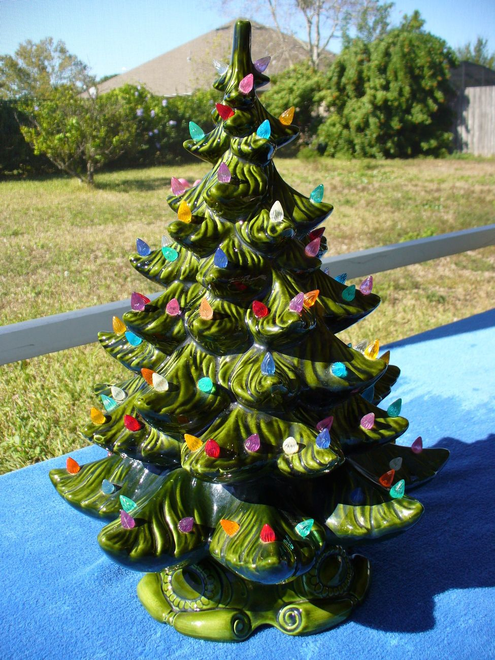 Vintage Green Ceramic Christmas Tree Multi-Color Lights Atlantic ...