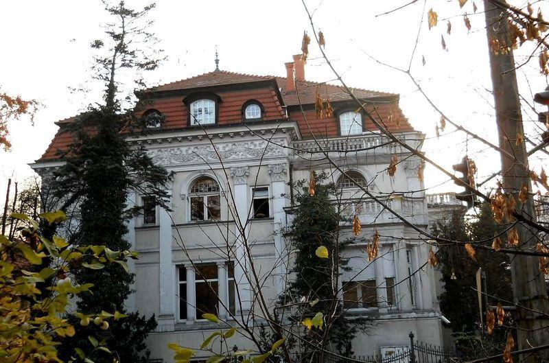 Paul Uecker's Villa