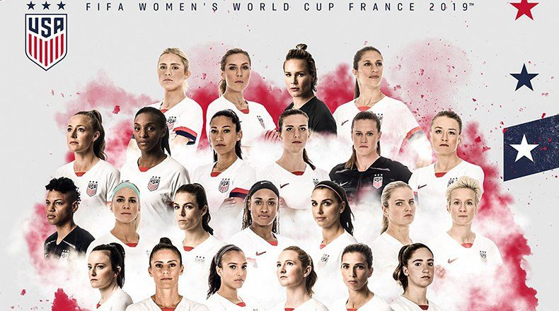 Google Image Result For Https Athlonsports Com Sites Athlonsports Com Files Styles Article Top Img Public Uswnt Socce Uswnt Michelle Obama Inspiring Athletes