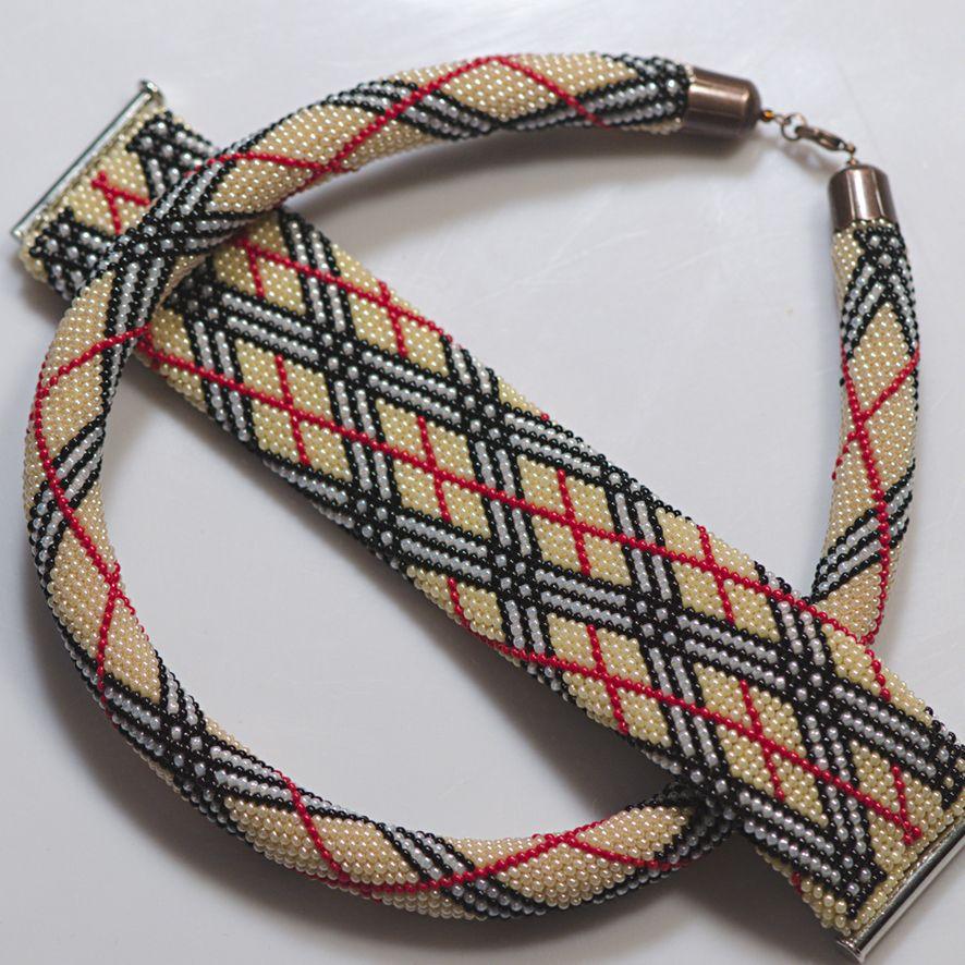 Pin de Naglaa Elrouby en Crochet bead | Pinterest | Telar, Collares ...