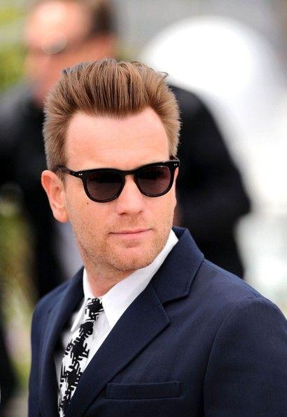 Ewan no estaba por aquí y eso no puede ser, con lo guapo que iba en Cannes...