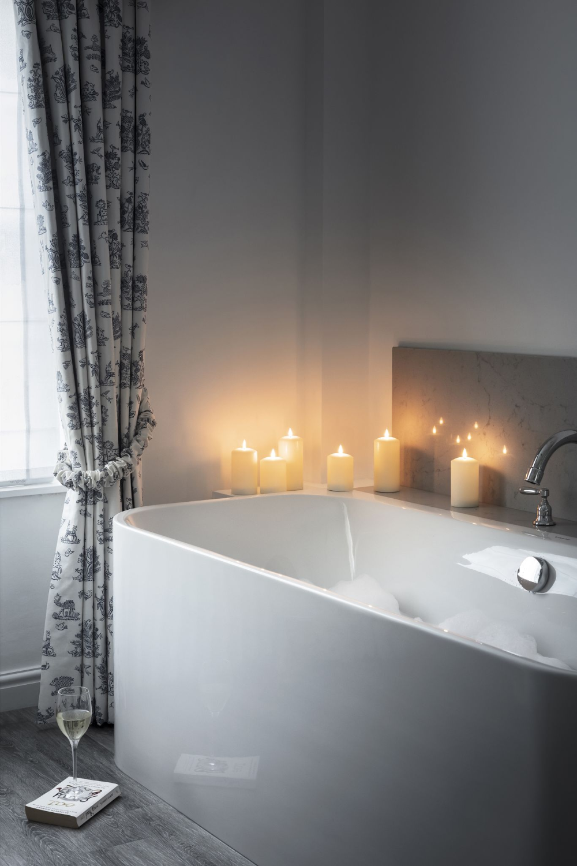 50 Dreamy Bathroom Lighting Ideas And Designs Bathroom Light Fixtures Bathroom Lighting Bathroom Light Fixtures Modern Bathroom Lighting