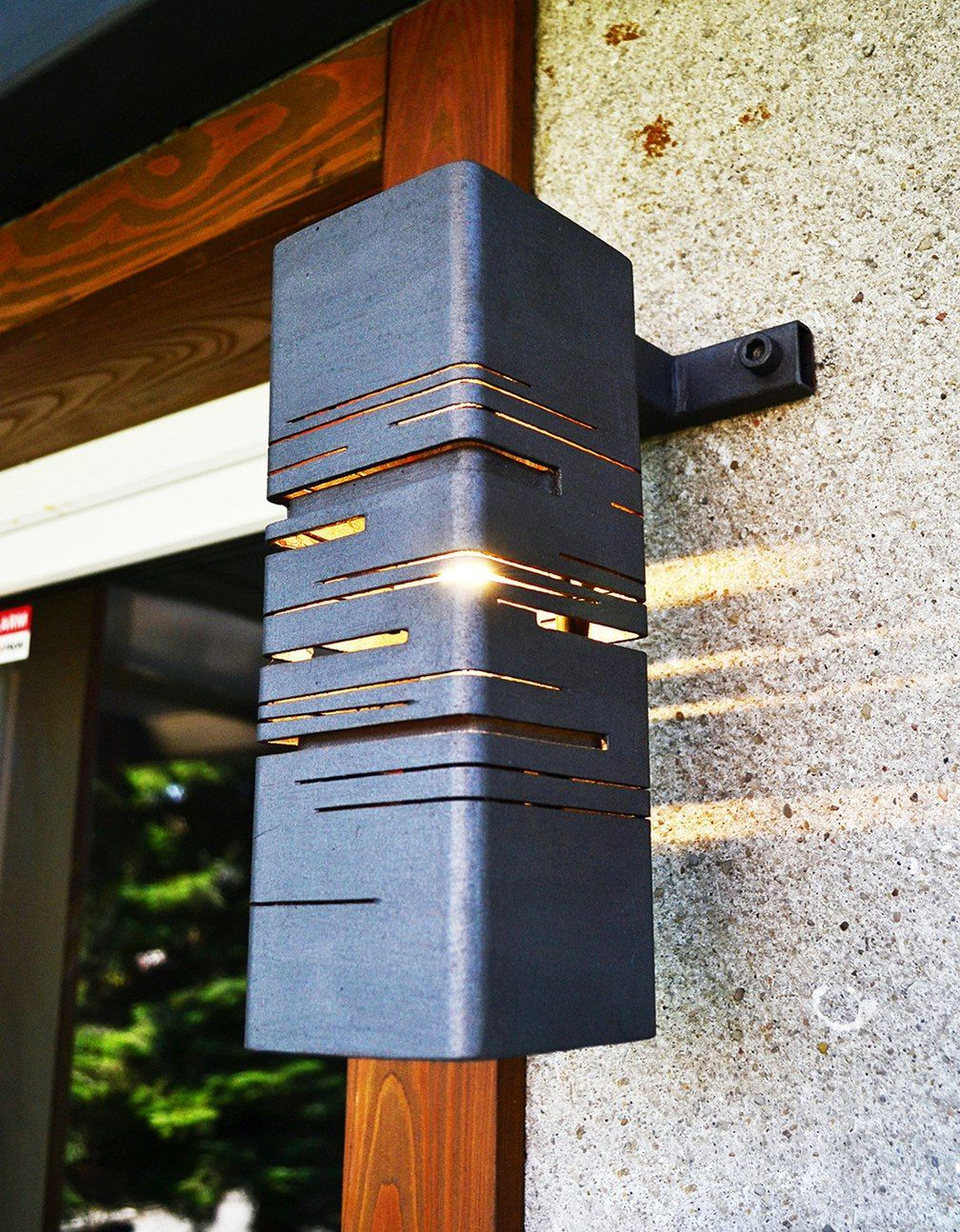 Metal wall lamp walllamp home ideas id es d 39 clairage for Muebles industriales metal baratos