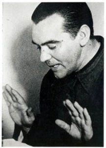 Federico García Lorca en su despedida de Argentina, desde los micrófonos de Radio Stentor.