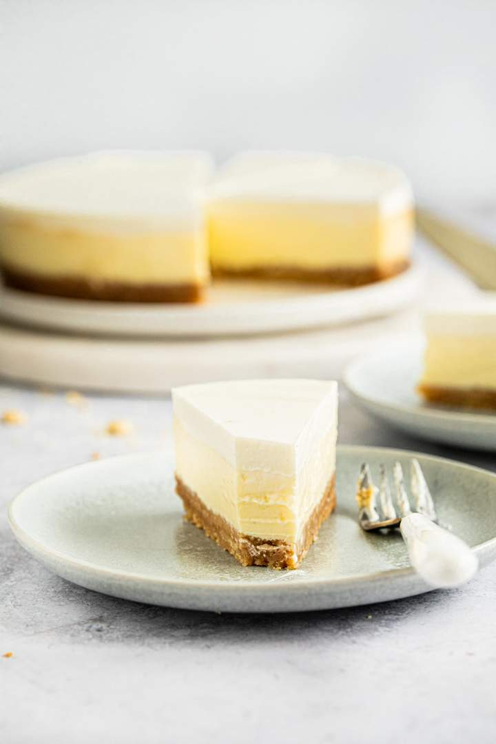 Sour Cream Cheesecake Recipe In 2020 Sour Cream Recipes Sour Cream Cheesecake Homemade Cheesecake Recipes