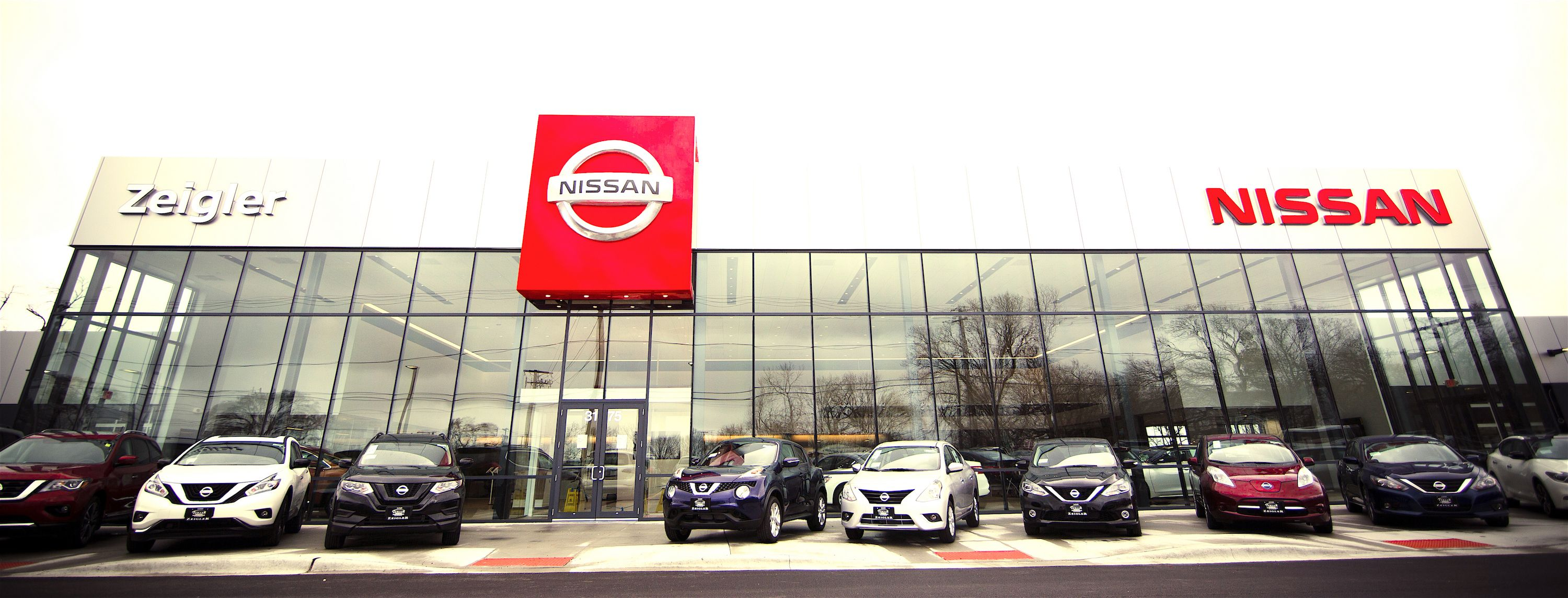 Zeigler Nissan Gurnee >> Motor'n | Nissan Opens First Purpose-Built Nissan 2.0 Store In US, Iconic Design On Display At ...