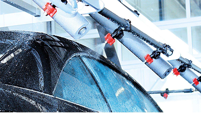 Beregnungsanlage im Betrieb. www.technolit.de/abk #kfz #nfz #kraftfahrzeug #auto #wasserschaden