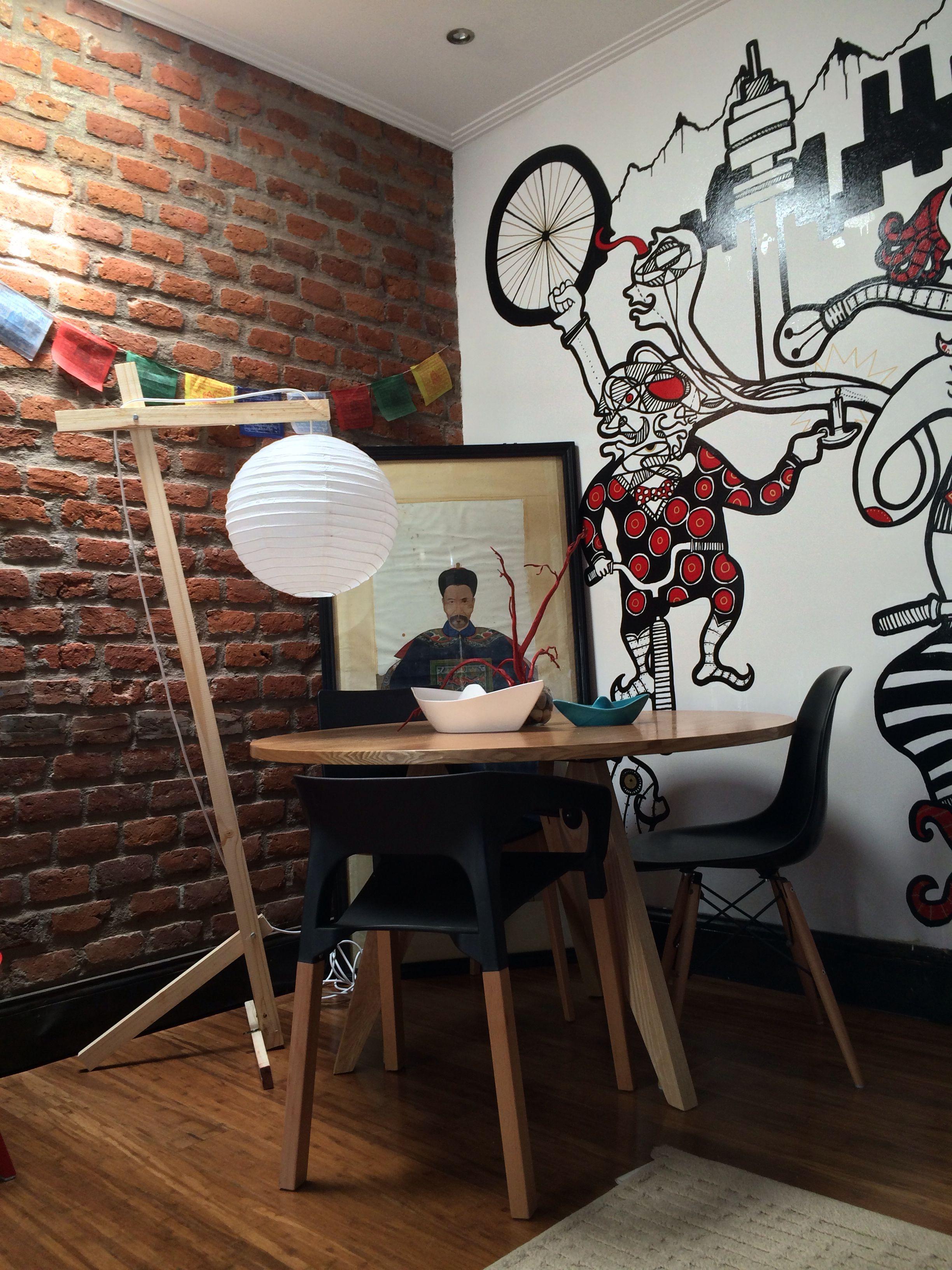 Lámpara de madera hecha por mi, con pantalla de papel para iluminar mesa de comedor #table #lamp #dinner