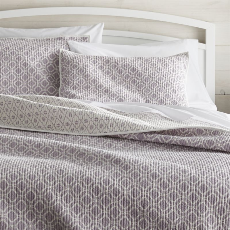 Shop For Quilts And Coverlets At Crate And Barrel Browse King Queen Full And Twin Quilts In A Variety Of Styles Ord Bed Linens Luxury Bed Bed Linen Design