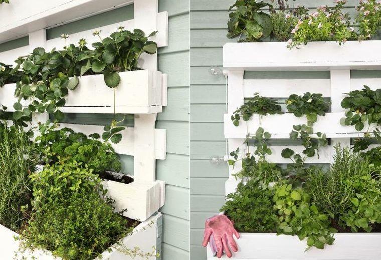 Como Hacer Un Jardin Vertical Ideas Para Exteriores E Interiores Jardines Verticales Jardin En Balcon Maceta Vertical