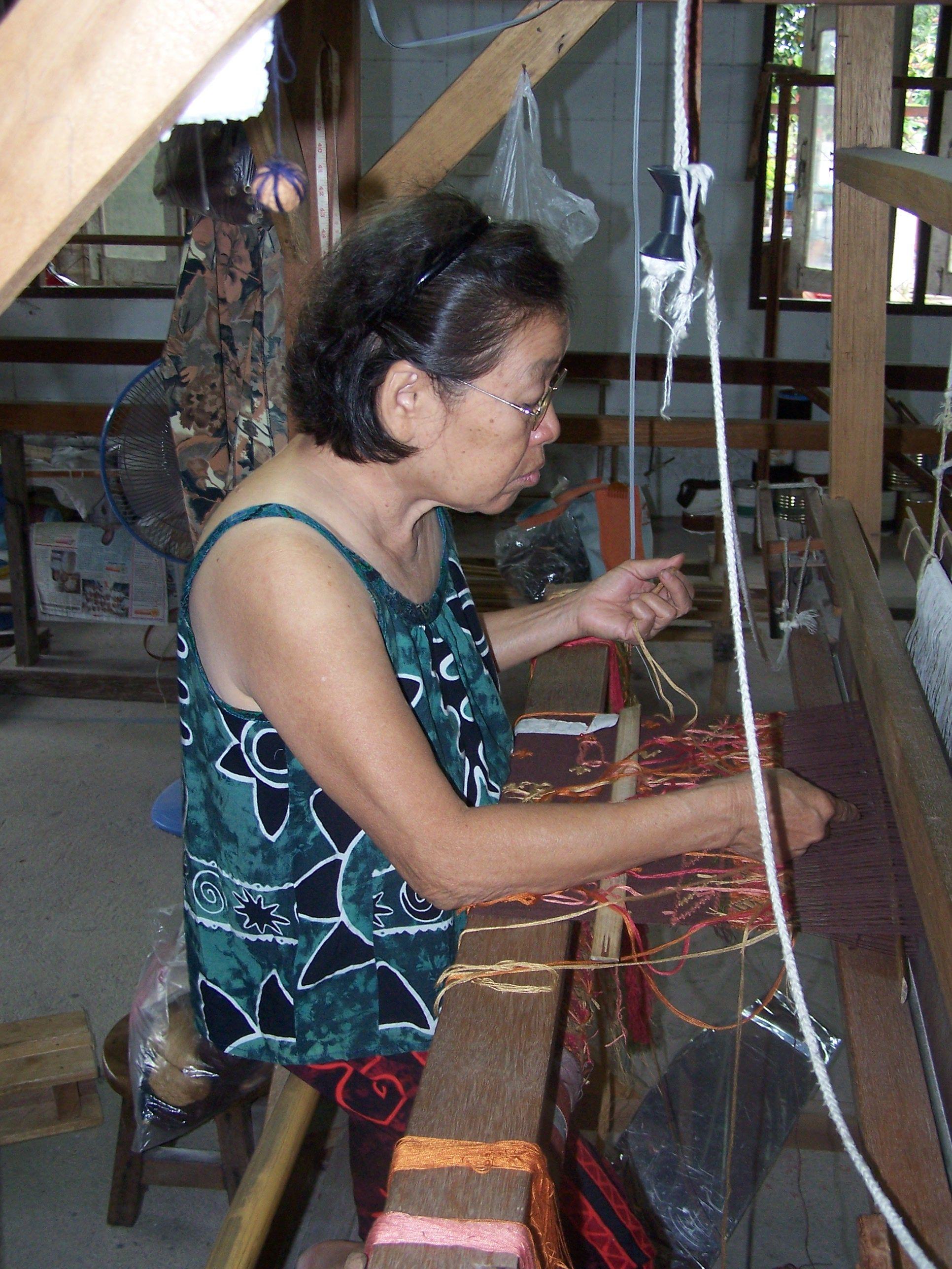 Chiang Mai - fabric weaving