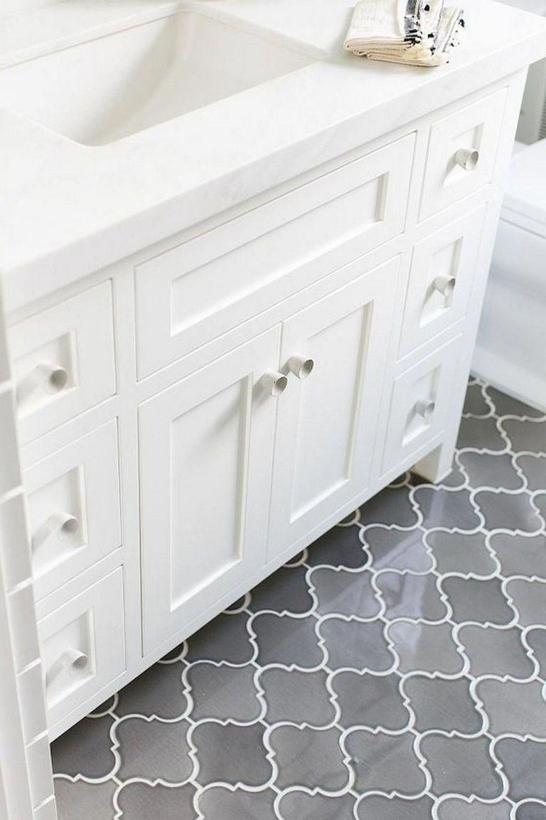 57+ Amazing Small Master Bathroom Tile Makeover Design ...