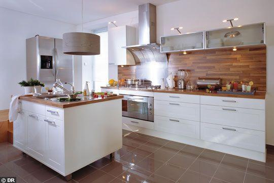 Credence cuisine blanc et bois c t cuisine pinterest for Quelle credence pour cuisine blanc et bois