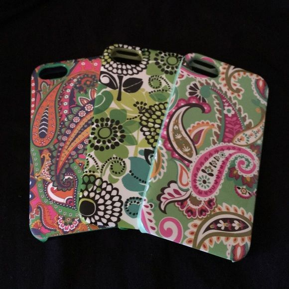 VERA BRADLEY iPHONE 5 CASES AND EARBUDS Authentic Vera Bradley. All three cases were barely used. They all look new. Earbuds are new never used. 3 pack fitted screen protector kit included. For iPhone 5 and 5s. NO TRADING!! Reasonable offers welcomed. Thanks for stopping by my closet  Vera Bradley Accessories Phone Cases