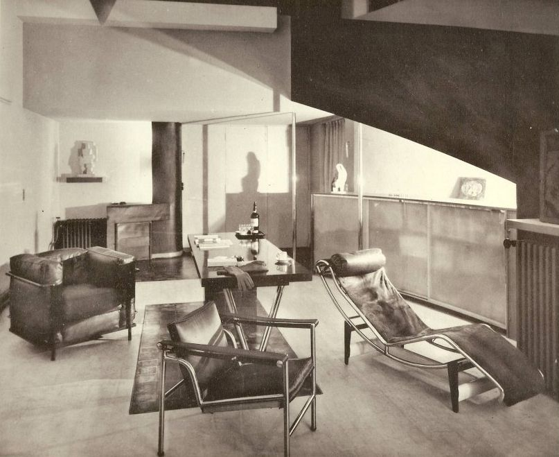 paris interior from 1920s featuring furniture from le corbusier pierre jeanneret and charlotte. Black Bedroom Furniture Sets. Home Design Ideas