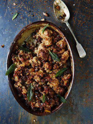 Weihnachtsessen Jamie Oliver.Gluten Free Parsnip Pork Apple Stuffing