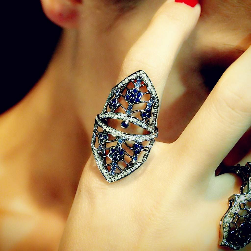 Flower Sapphire Diamond Shield Ring, Plukka