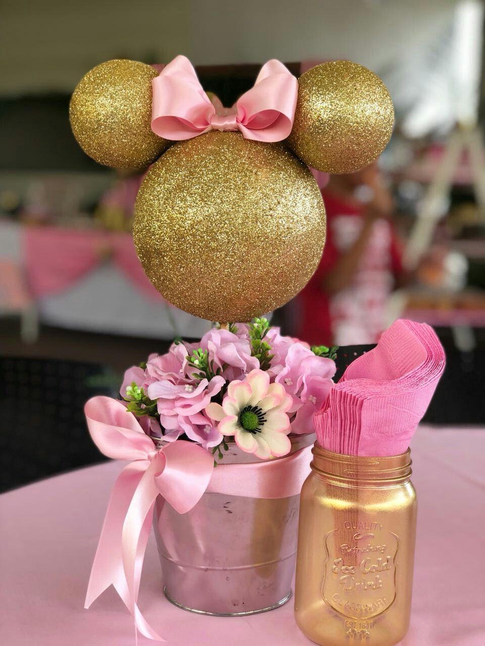 Centro de mesa fiesta de Minnie Mouse by Nature Crafts #mickeymousebirthdaypartyideas1st