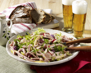 Sommerlicher Wurstsalat Rezept   Wurstsalat rezept, Wurstsalat und ...