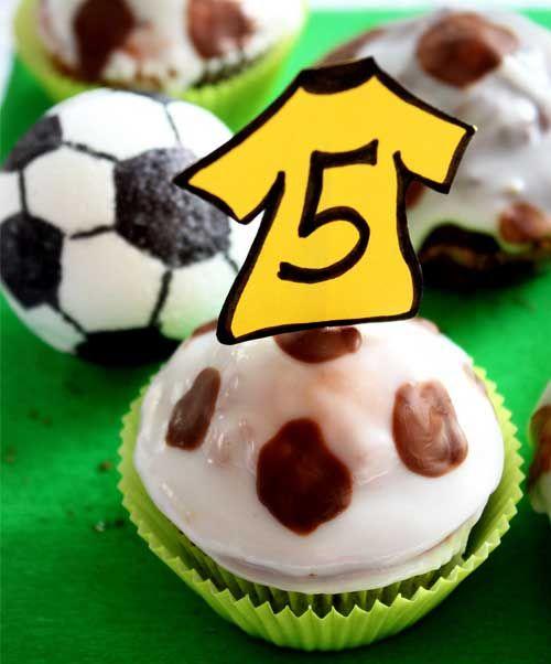 Die Coolen Fussball Muffins Begeistern Kleine Ballkunstler