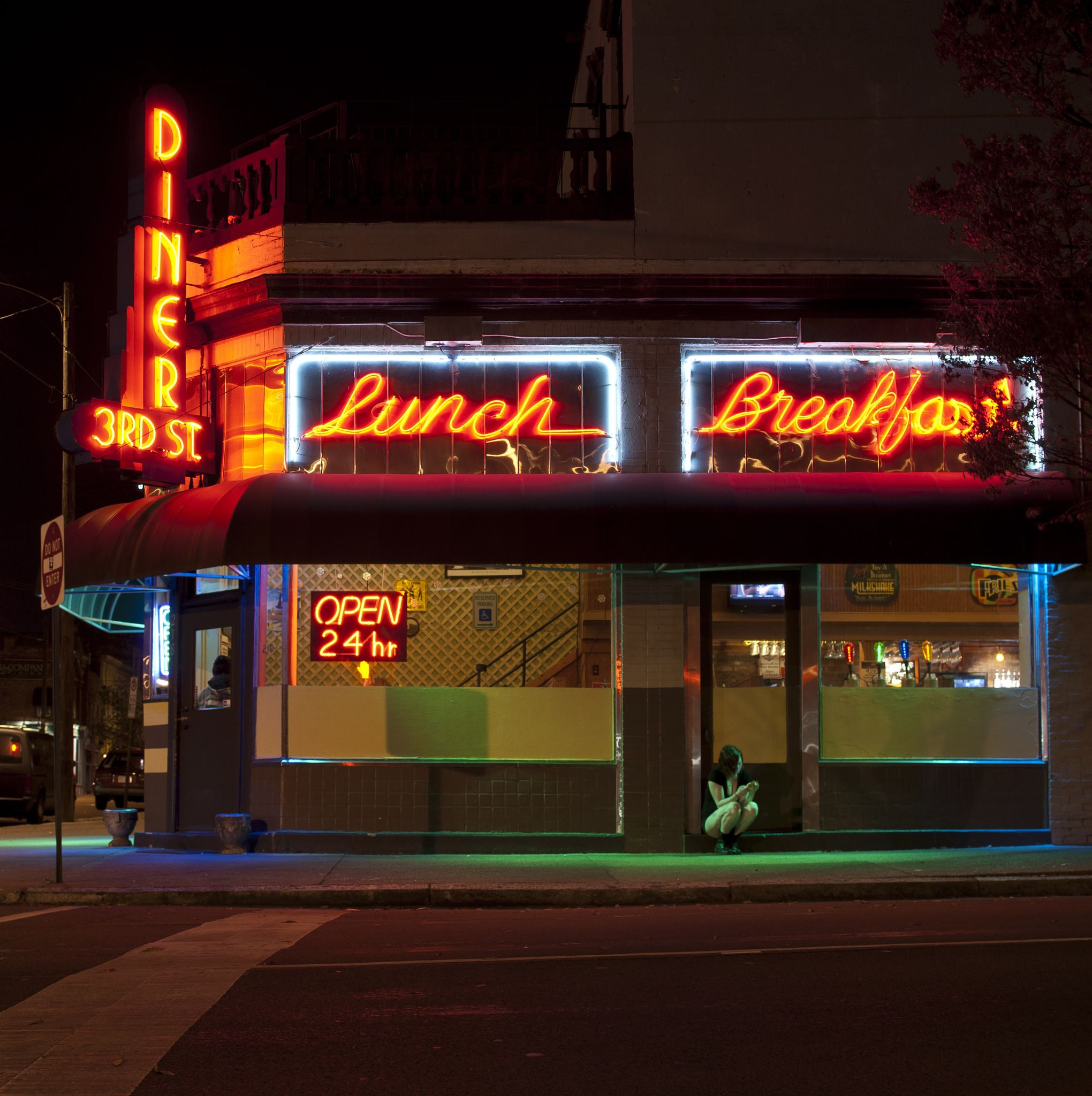3rd Street Diner Late Night In Richmond Virginia Beautiful Building From The 1920 S