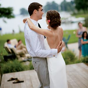 Upbeat First Dance Songs For The Bride And Groom Who Arent Into Slow Dancing