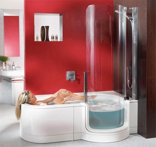 Kleine badkamer met bad en douche | Interieur inrichting | Ideeën ...