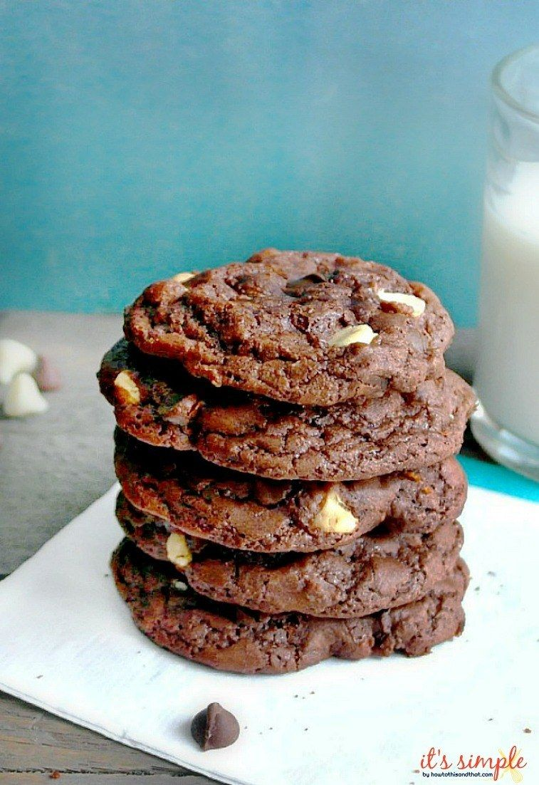 Subway Double Chocolate Cookies Copycat #quickcookierecipes