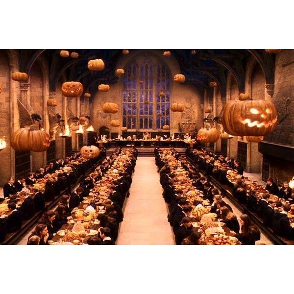 Tumblr Liked On Polyvore Featuring Harry Potter Halloween Backgrounds And Images Harry Potter Christmas Scene Harry Potter Pictures Harry Potter Aesthetic