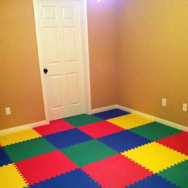 Our Kids Playroom We Used Giant Foam Puzzle Pieces For The Floor