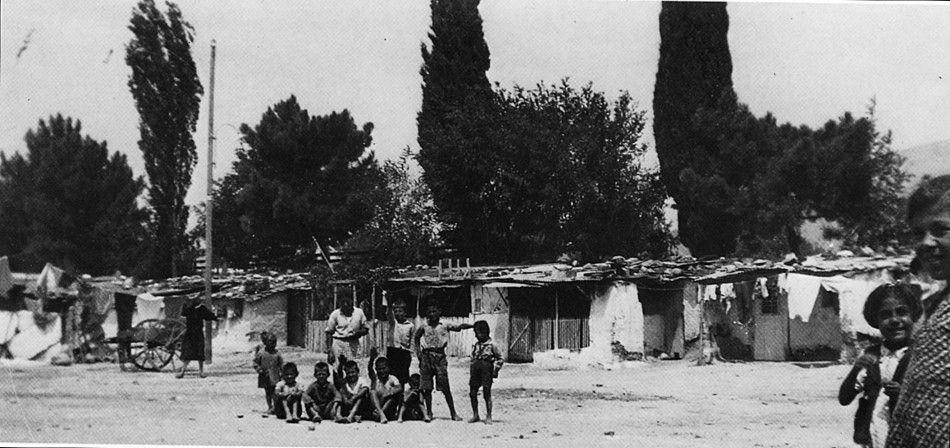 22 σπάνιες φωτογραφίες από την εγκατάσταση των προσφύγων του 1922 ...