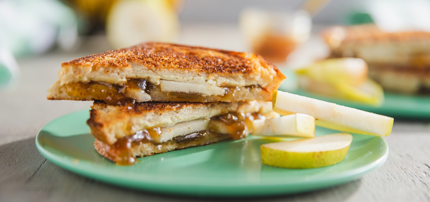 Figgy Grilled Cheese Sandwiches Plant Based Recipes In 2020 Grilled Cheese Cheese Sandwiches Grilled Cheese Sandwich