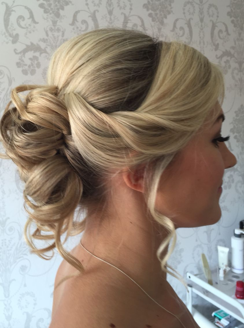 soft #bridal #hair #updo #blonde #wedding #ideas #bridesmaids