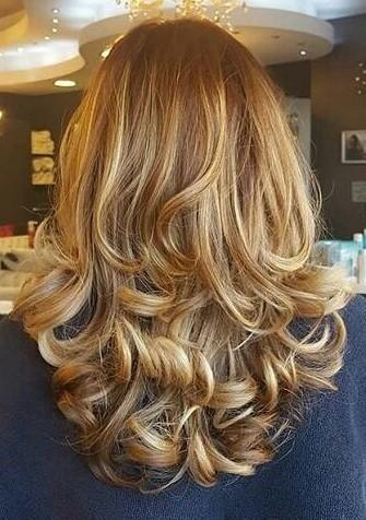 Medium Length Hairstyles For Thin Hair In 2020 Thin Hair