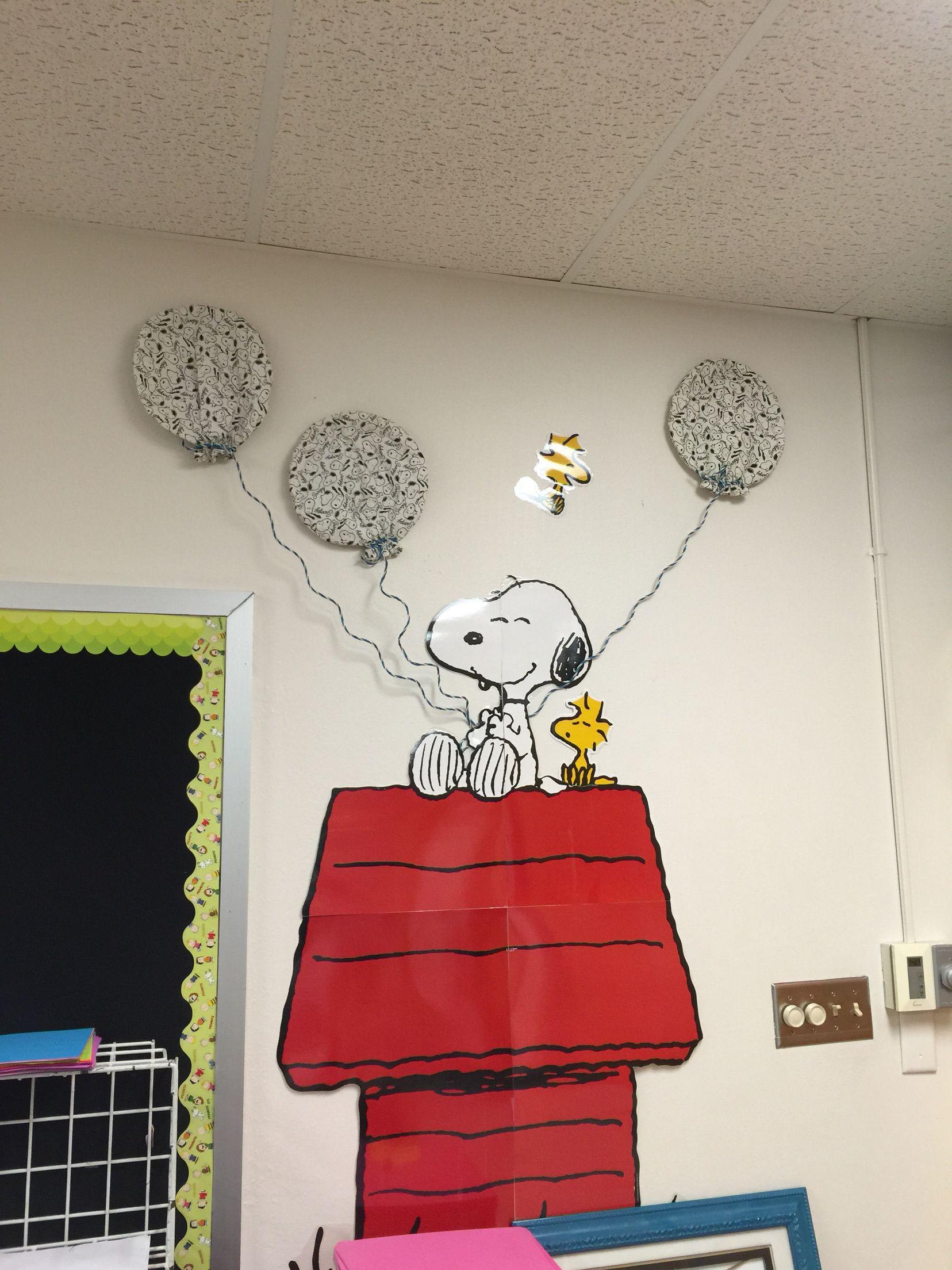 Modern Classroom Decorating Ideas : Snoopy theme classroom decor