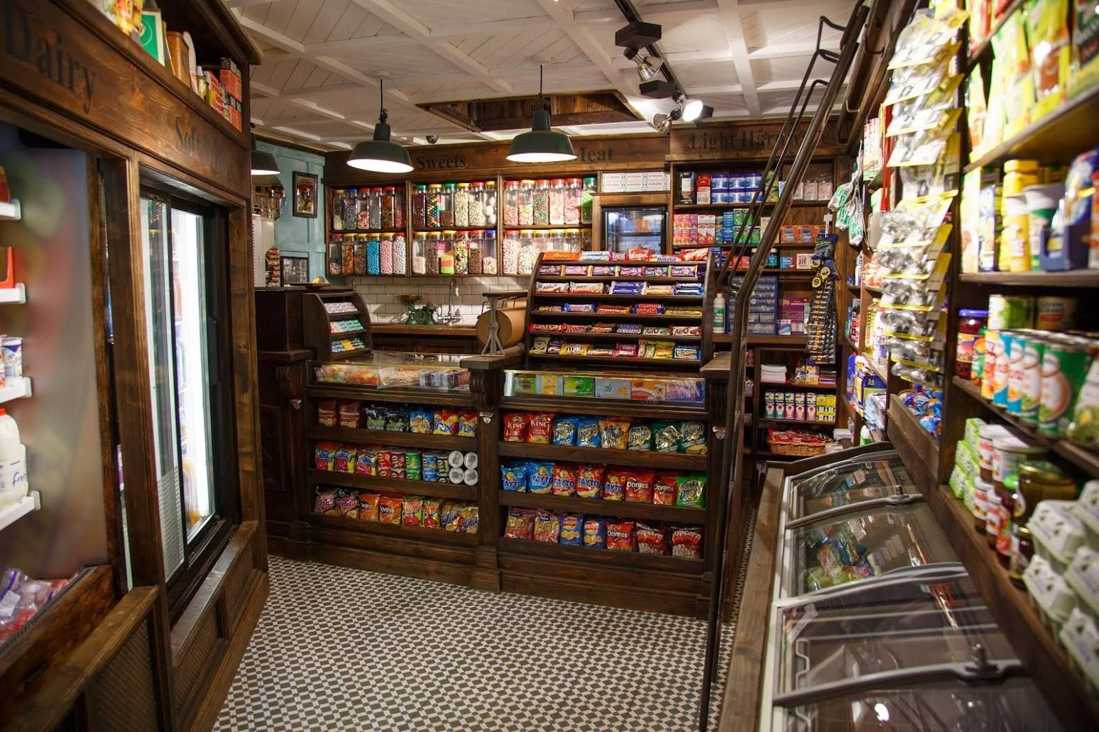Small Grocery store by 1900\'s --okay, who wouldn\'t come in a store ...
