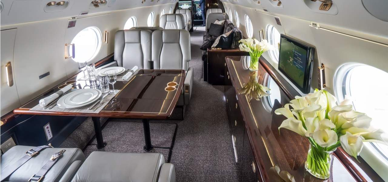 How much does it cost to charter a private jet in the USA
