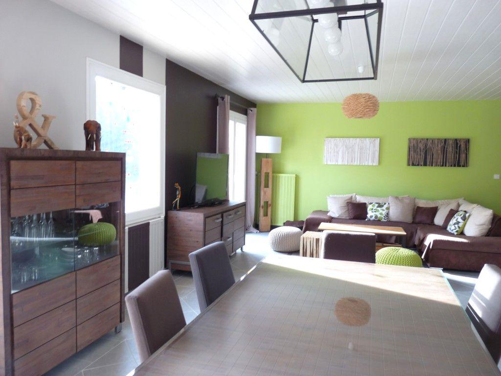 Idee Decoration Maison Neuve Avec Idee De Deco Salon Salle A