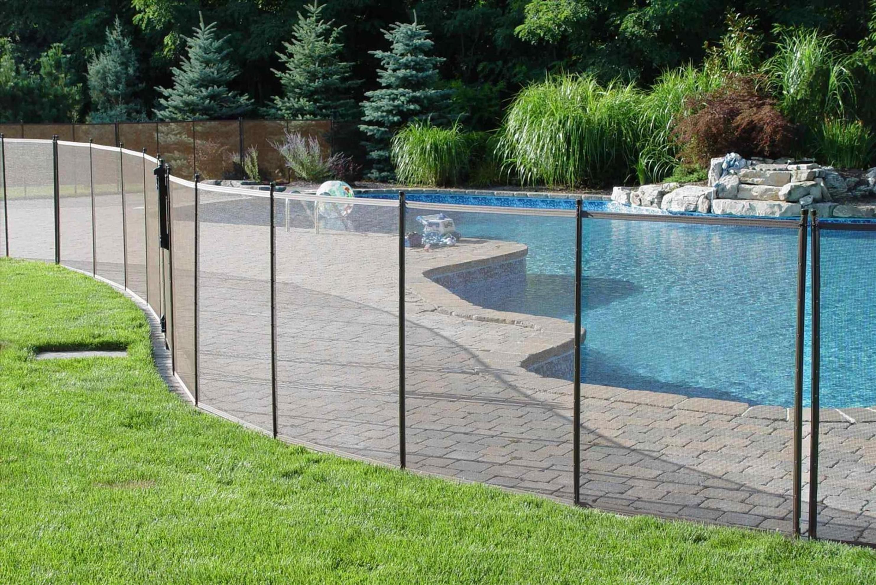 20 Inexpensive Temporary Fencing Ideas For Your Home 5 Mesh Pool Fence Backyard Fences Modern Fence