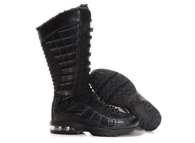 Desaparecer proporcionar Refrescante  Womens Nike Air Max 95 Zen Venti Black Boots   Nike air max 95, Black boots,  Nike air max for women