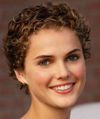peinados y maquillaje de moda cortes de pelo corto estilo pixie para pelo riso u