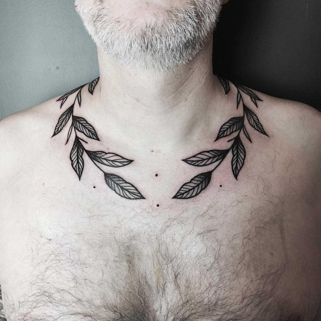 A Black Cranch Tattoo Wrapped Around The Neck Neck Tattoo Tattoos Body Art Tattoos