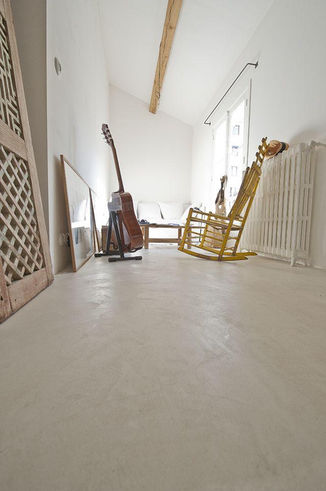 Le couloir de la chambre - Sol en Béton Ciré EBC Mercadier - Couleur