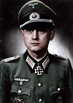 ✠ Heinz Kolczyk (November 20th, 1912 - November 10th, 2008) RK 06.04.1944 Rittmeister Kdr Pz.Aufkl.Abt 7 7. Panzer – Division