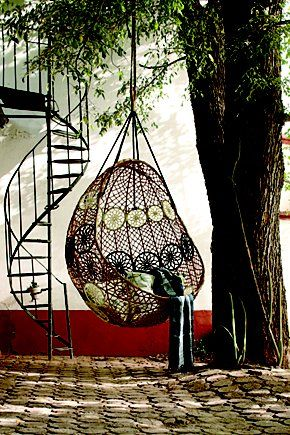 I Would Like A Bird Nest Hanging Chair Like This Swinging