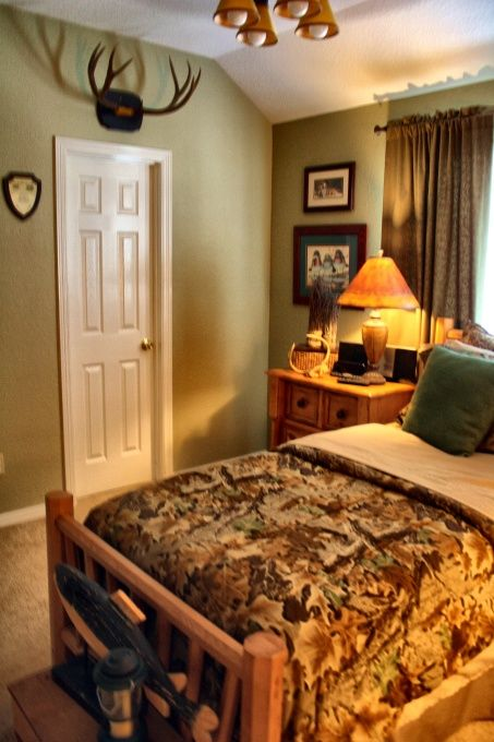 Hunting Boys' Room Designs Decorating Ideas HGTV Rate My Space Custom Rate My Space Bedrooms