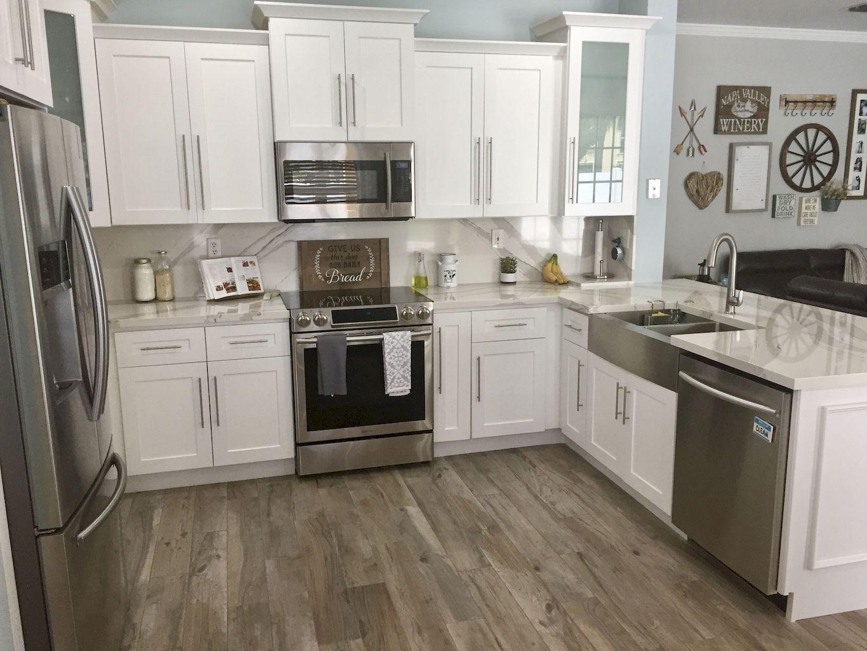 75 Gorgeous Farmhouse Kitchen Cabinet Makeover Design Ideas - homixover.com #kitchendesignideas