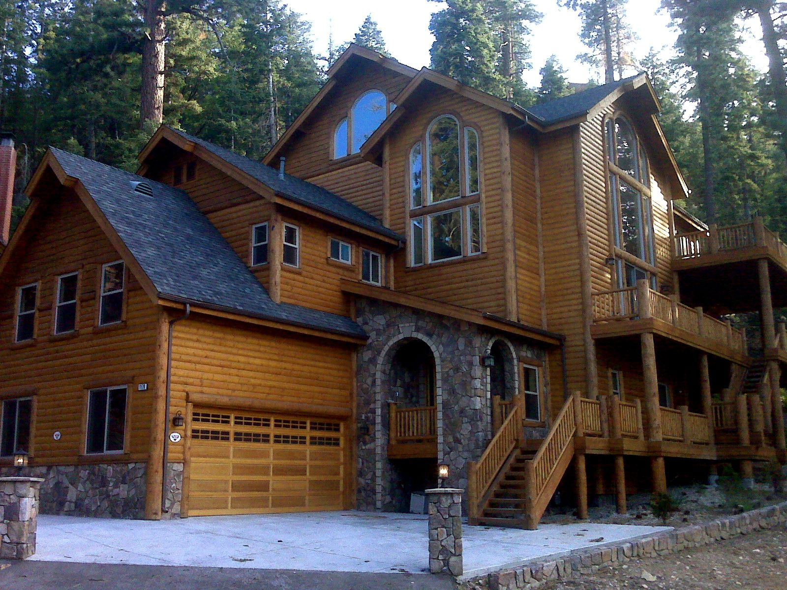 Gold rush resort rentals offers big bear cabin rentals and for Big bear 2 person cabin