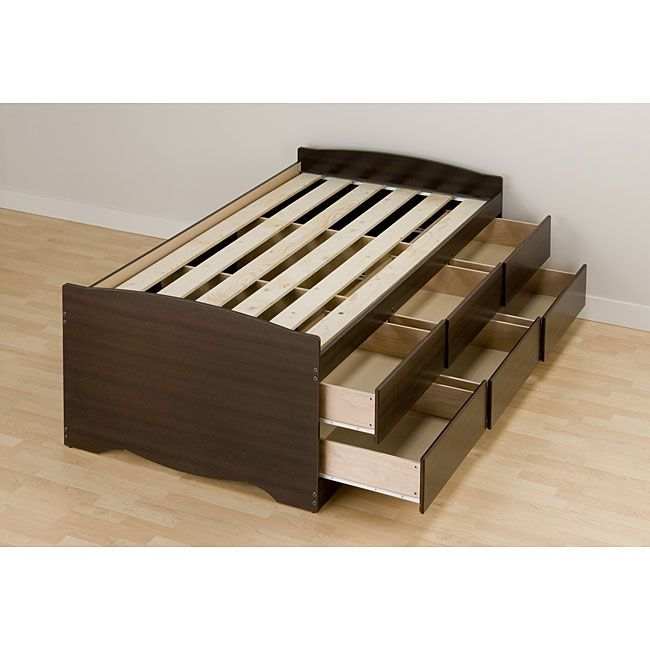 Your child will fall asleep easily in this functional platform twin bed. The platform design raises the bed off the floor, while the six drawers underneath provide plenty of storage space, and its espresso finish lets his or her bedding pop.